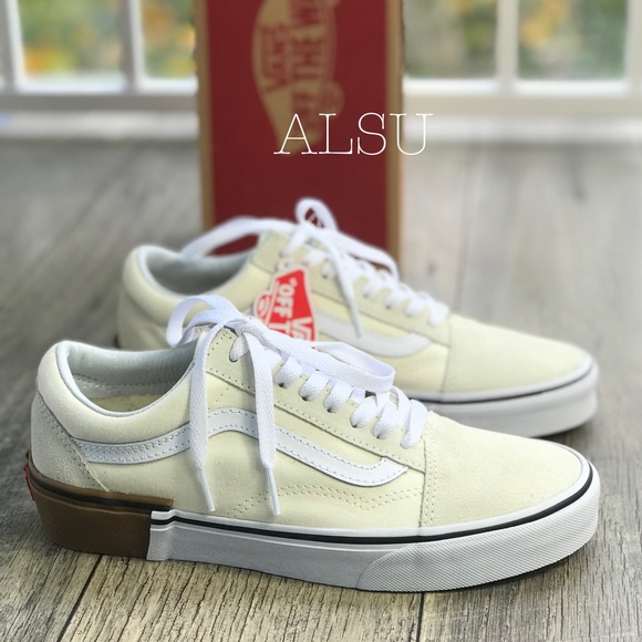 58247351d9 NWT Old Skool Gum Block Classic White W AUTHENTIC